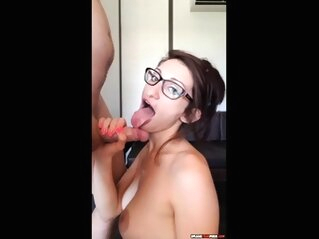 Webcam Blowjob And Cumshot amateur blowjob