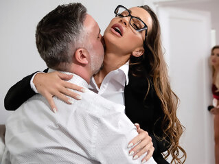 Amber In The Hills: Part 2 Free Video With Abigail Mac - BRAZZERS brazzers
