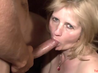 TuttiFrutti - Swinger party with hot MILFs blonde cumshot