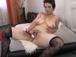 Amateur MILF with hairy pussy and saggy tits amateur milf with hairy pussy and saggy tits